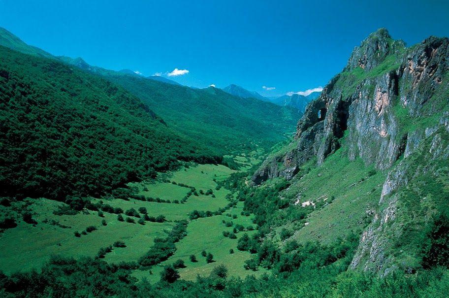 Valle de Peña Furada, Parque Natural y reserva de la Biosfera de Somiedo, Asturias (foto de Antonio Vázquez)