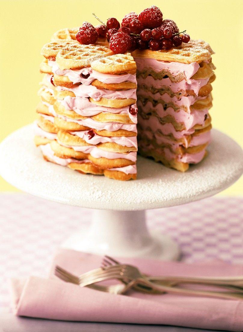Waffeltorte Mit Beeren Frischkasecreme Rezept Leckereien Kuchen Und Torten Waffeln