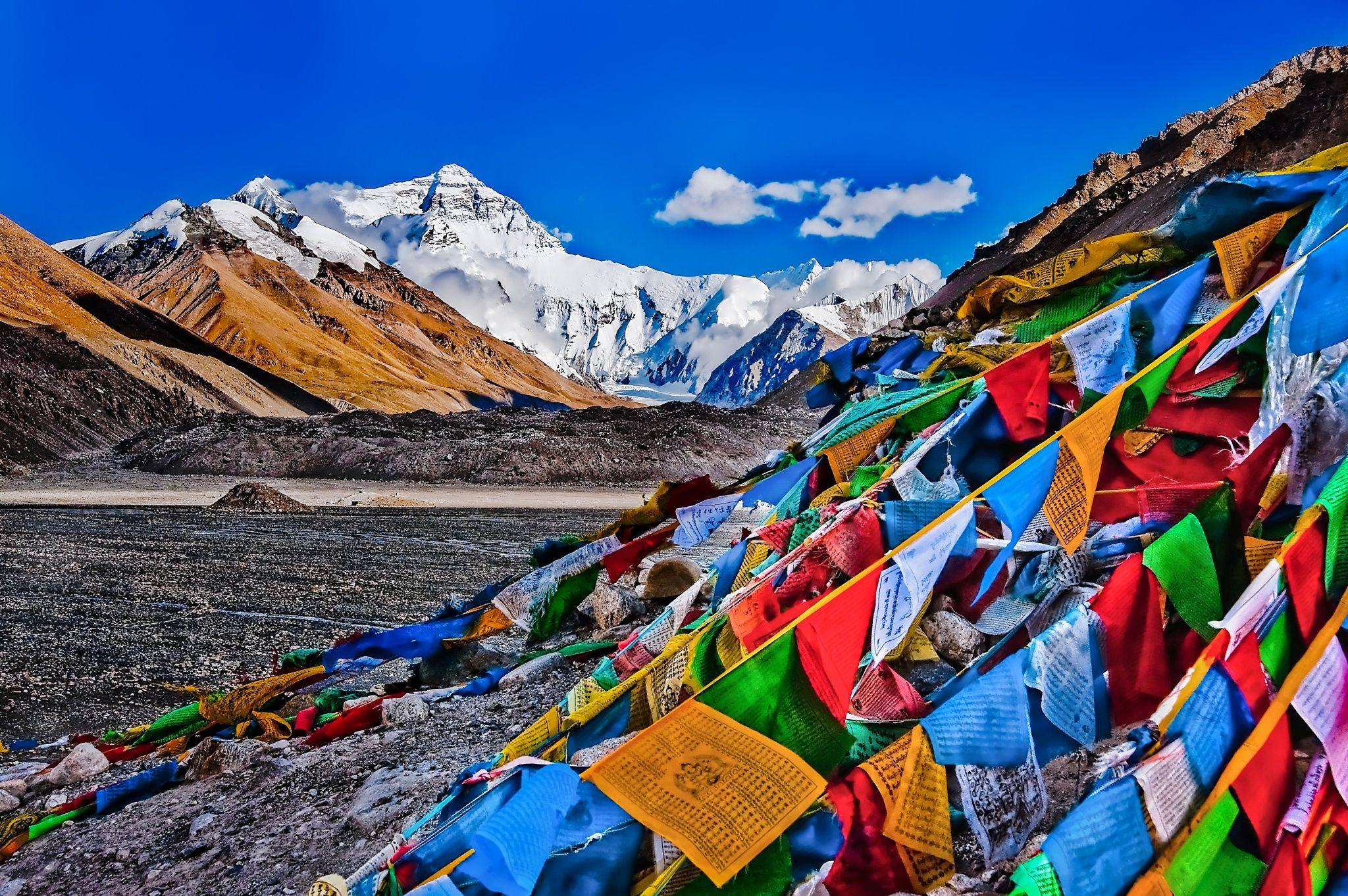 C12c59c859026a8dbd34f718169df76a 2048 1363 Tibetan Prayer Flag Tibet Prayer Flags
