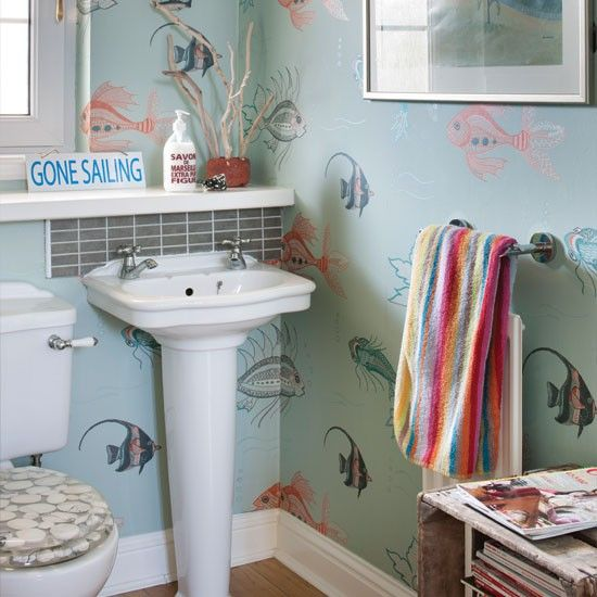 Nautical bathroom ideas Painting wooden furniture Wooden