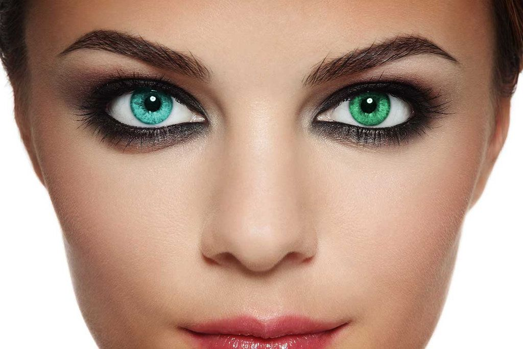 Heterochromia is where the 2 eyes are different colours ...