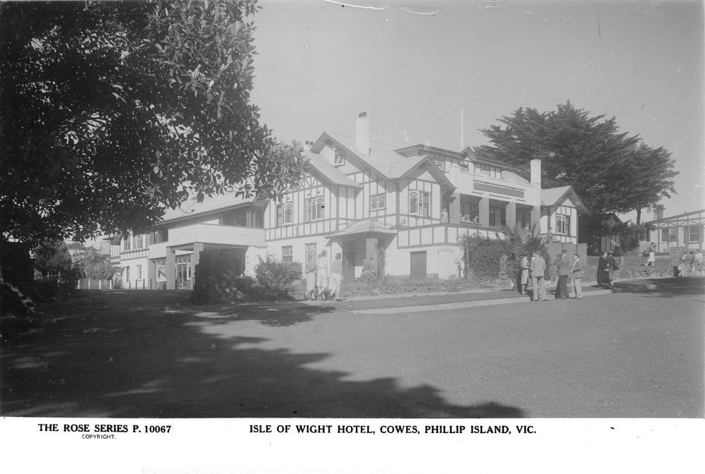 Isle Of Wight Hotel Cowes Phillip Island Vic