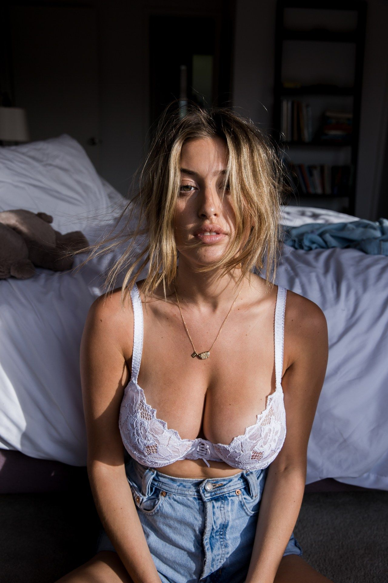 Pussy Lindsey Kevitch nude (23 foto and video), Topless, Is a cute, Twitter, cleavage 2019
