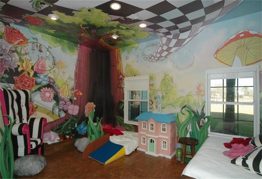 Alice In Wonderland Themed Bedroom With Cork Flooring