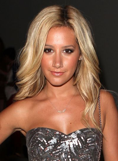 Ashley Tisdale Hair Do S Blonde Hair Curly Wigs