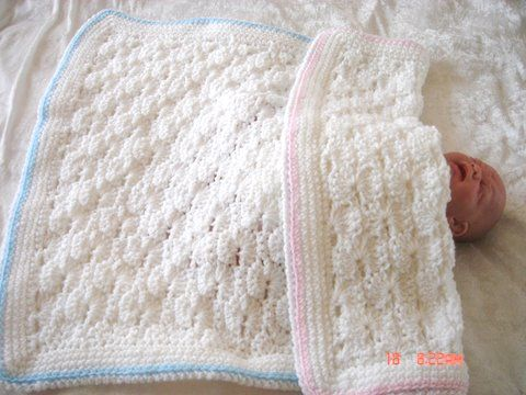 Two-color Reversible Shells Afghan - Free crochet pattern - Tame ...