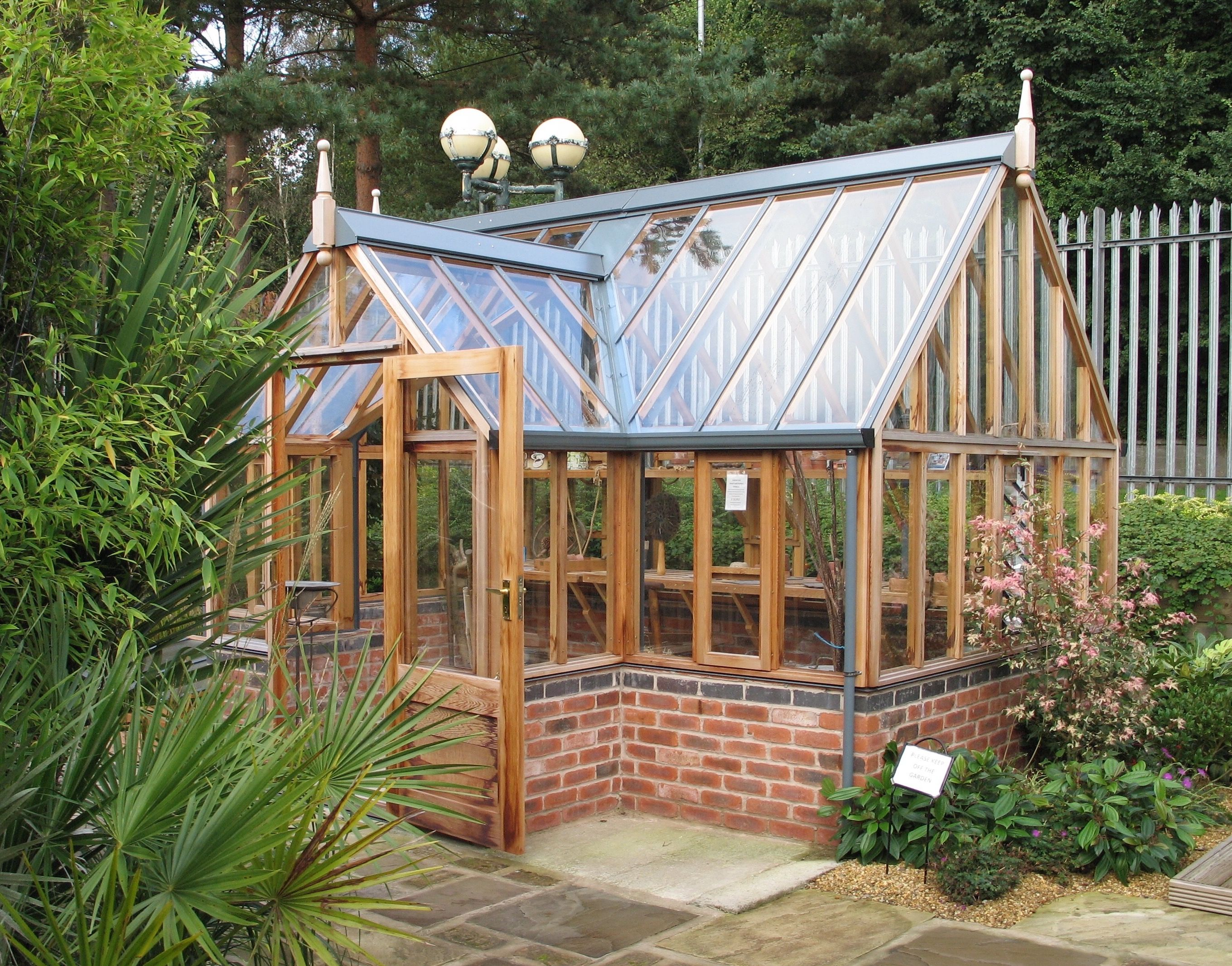 A Gabriel Ash Traditional Victorian Style Timber Greenhouse With Dwarf Brick Wall Order One Now Via Malvern Garde Greenhouse Greenhouse Plans Home Greenhouse
