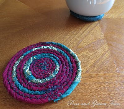 How to Make Coasters from Scrap Fabric #scrapfabric