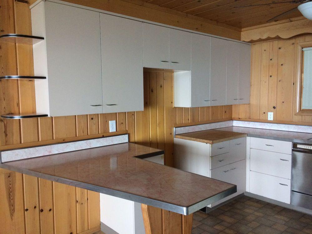 Vintage 1950 S St Charles Metal Kitchen Cabinets Sand Beige Original Owner Stcharles Metal Kitchen Cabinets Metal Kitchen Kitchen