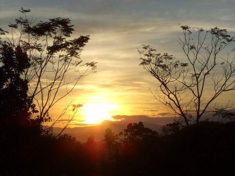 picture came from  https://monjekin.wordpress.com/2013/11/25/sunrise-bukang-liwayway/