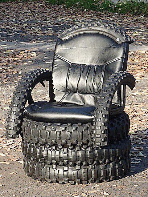 trono hecho con llantas viejas reciclaje pinterest. Black Bedroom Furniture Sets. Home Design Ideas