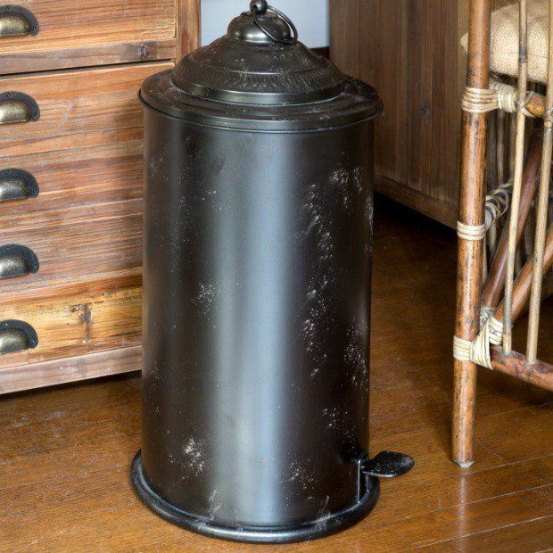 Rustic Metal Trash Can Metal Trash Cans Country House Decor Vintage Home Decor