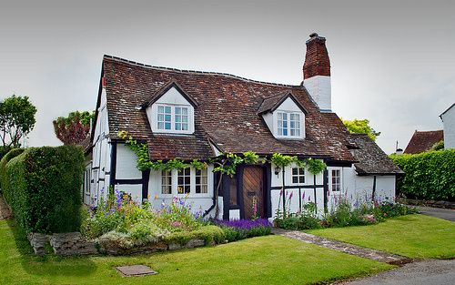 Kitchen Cottage Witch FAQs