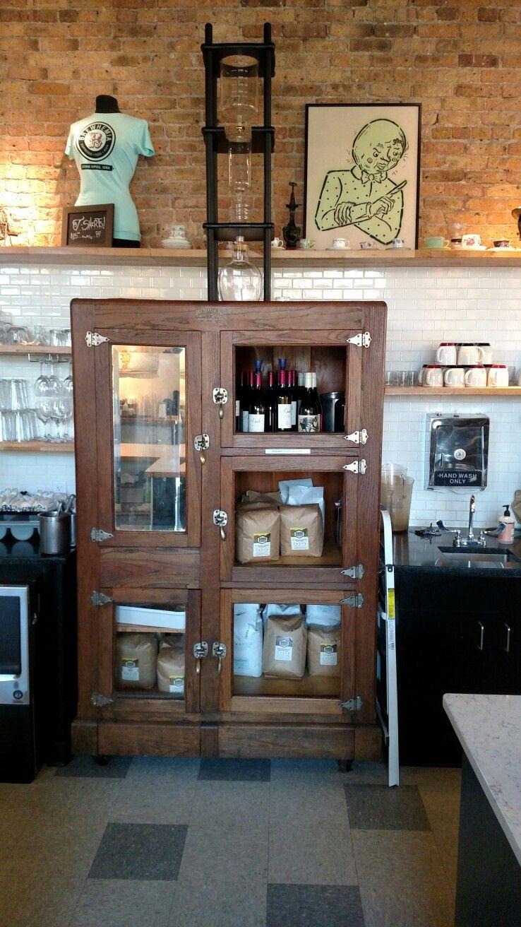 Brewhemia cafe and coffee shop Cedar Rapids Iowa Brewhemia