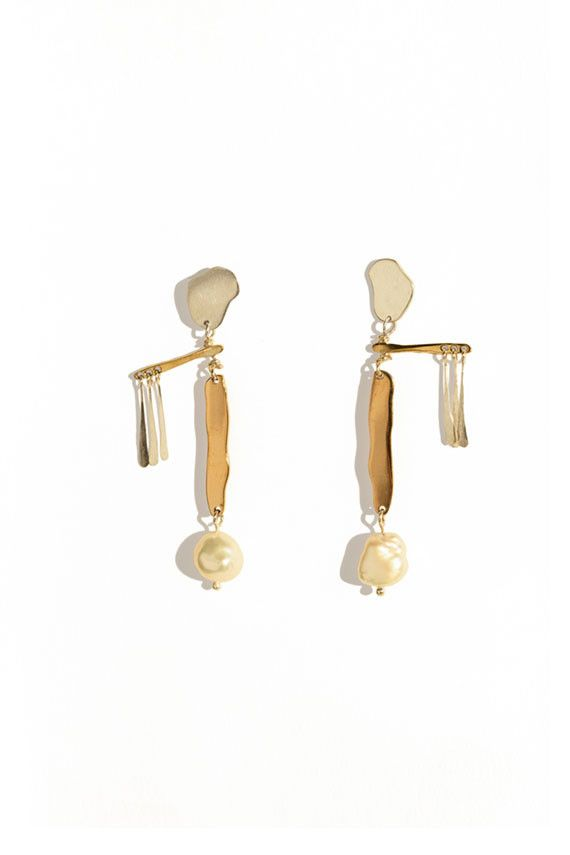 Faris Pearl Mobile Earrings Bona Drag