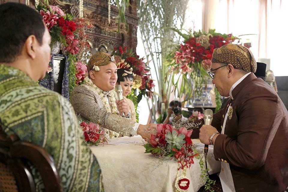 Pernikahan allyssa hawadi dan candi soeleman img 0861 mood board pinterest dan wedding vintage and traditional weddings