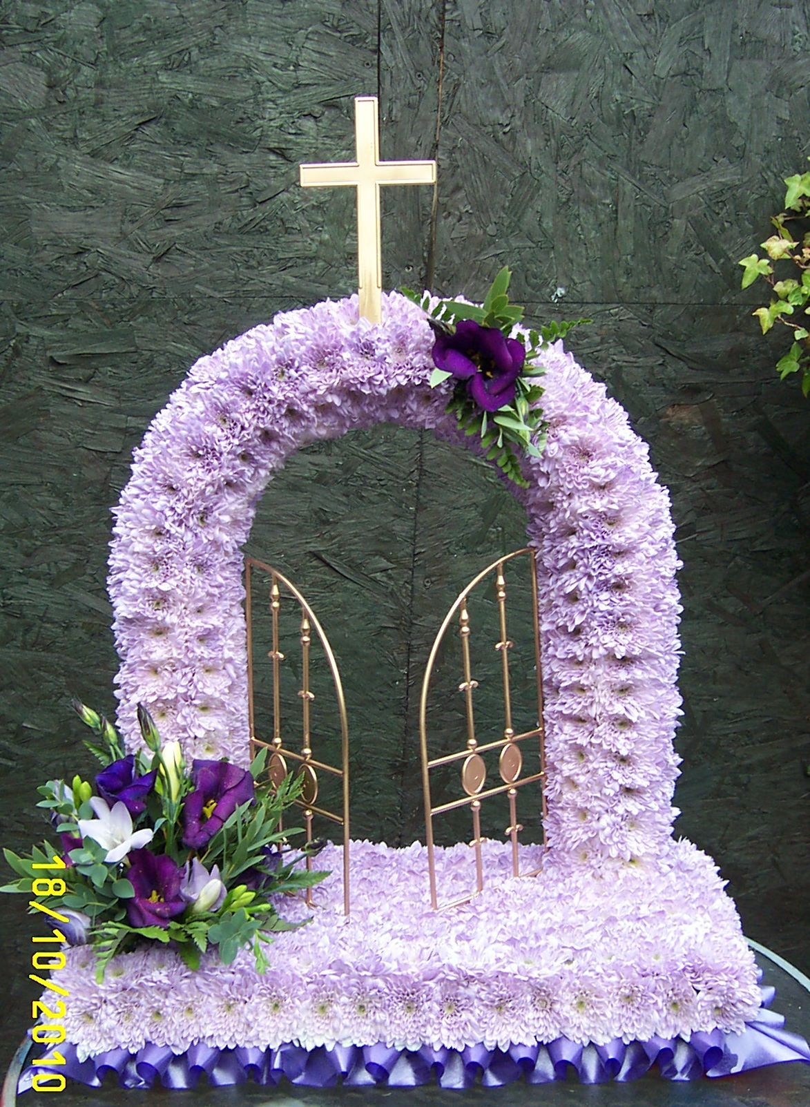 Gates of heaven in lilac christmas decor pinte gates of heaven in lilac more izmirmasajfo