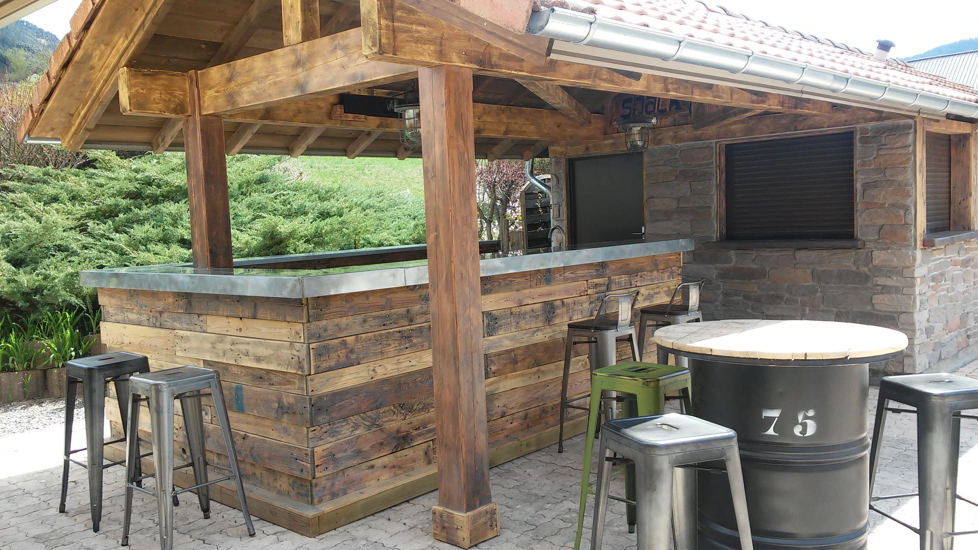 Bar d 39 t au camping les prairies comptoir r alis en - Camping lac serre poncon piscine ...