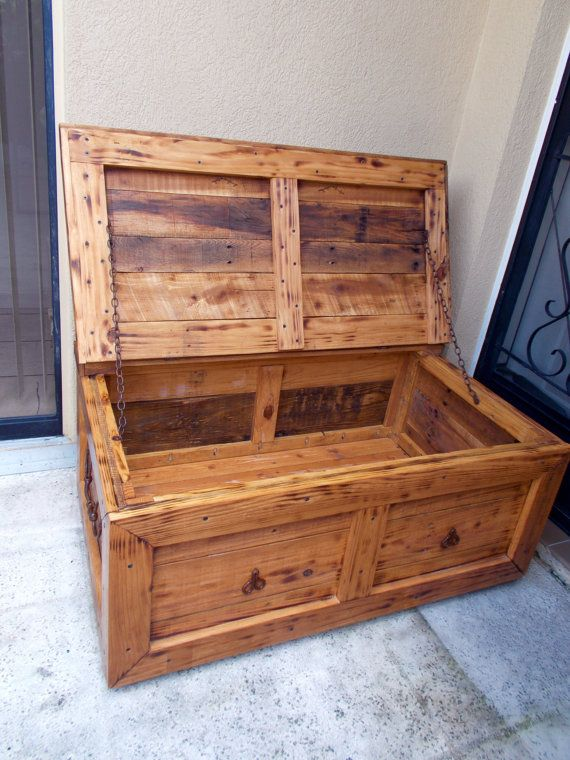 Rustic Coffee Table Trunk Or Blanket Chest. Trunk