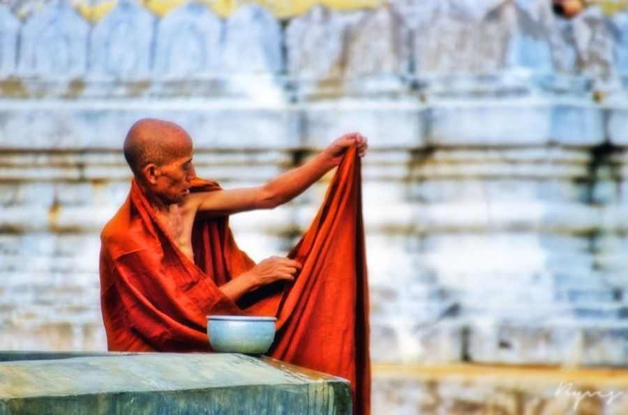 """500px / Photo """"Monk"""" by b. yves"""