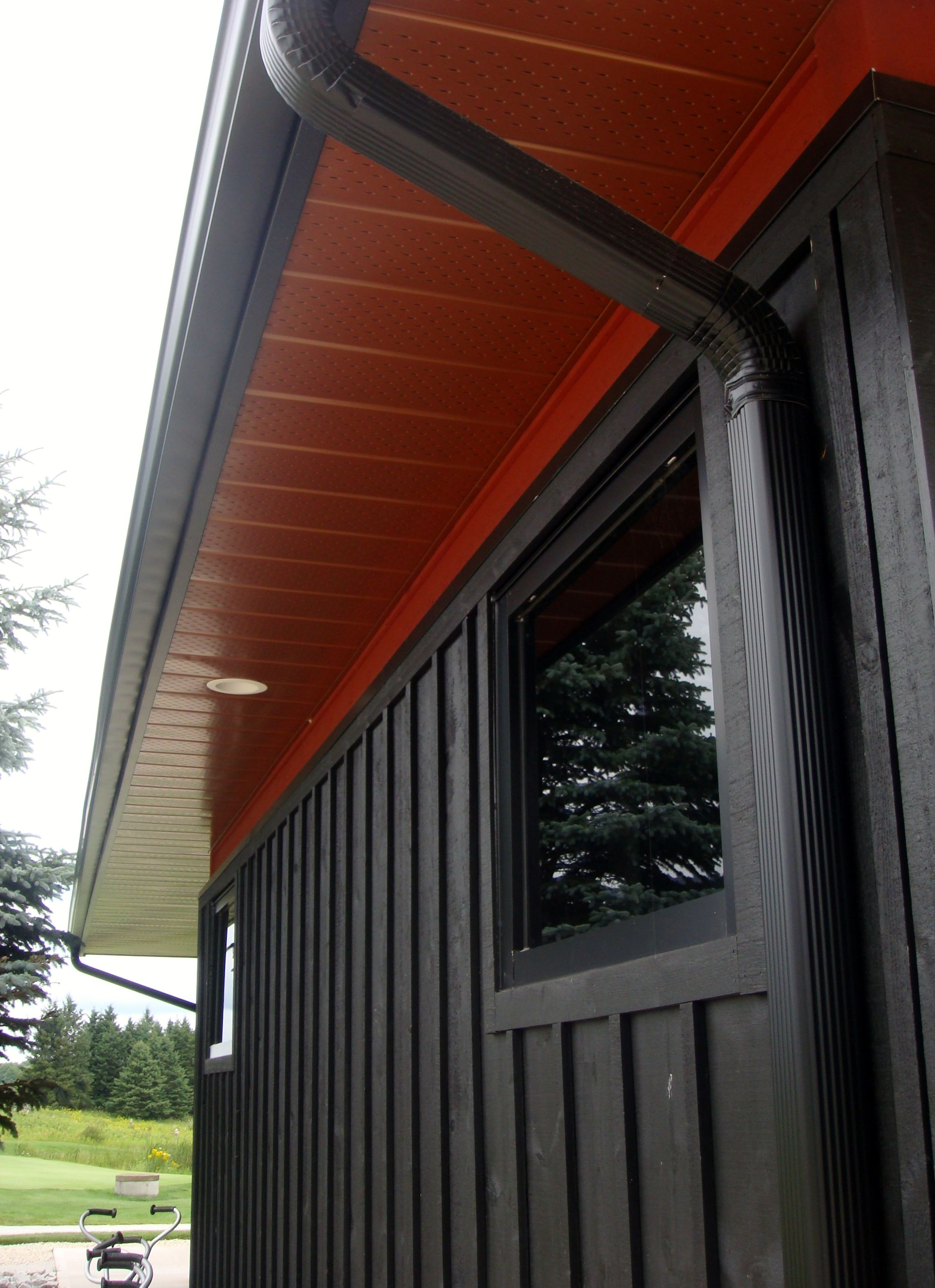 Board Batten Siding With Aluminum Soffit Fascia And Trough House Designs Exterior Siding Styles House Design