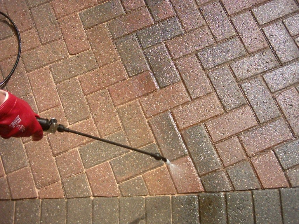 Block Paving Sealer. How to Apply Paving Directory
