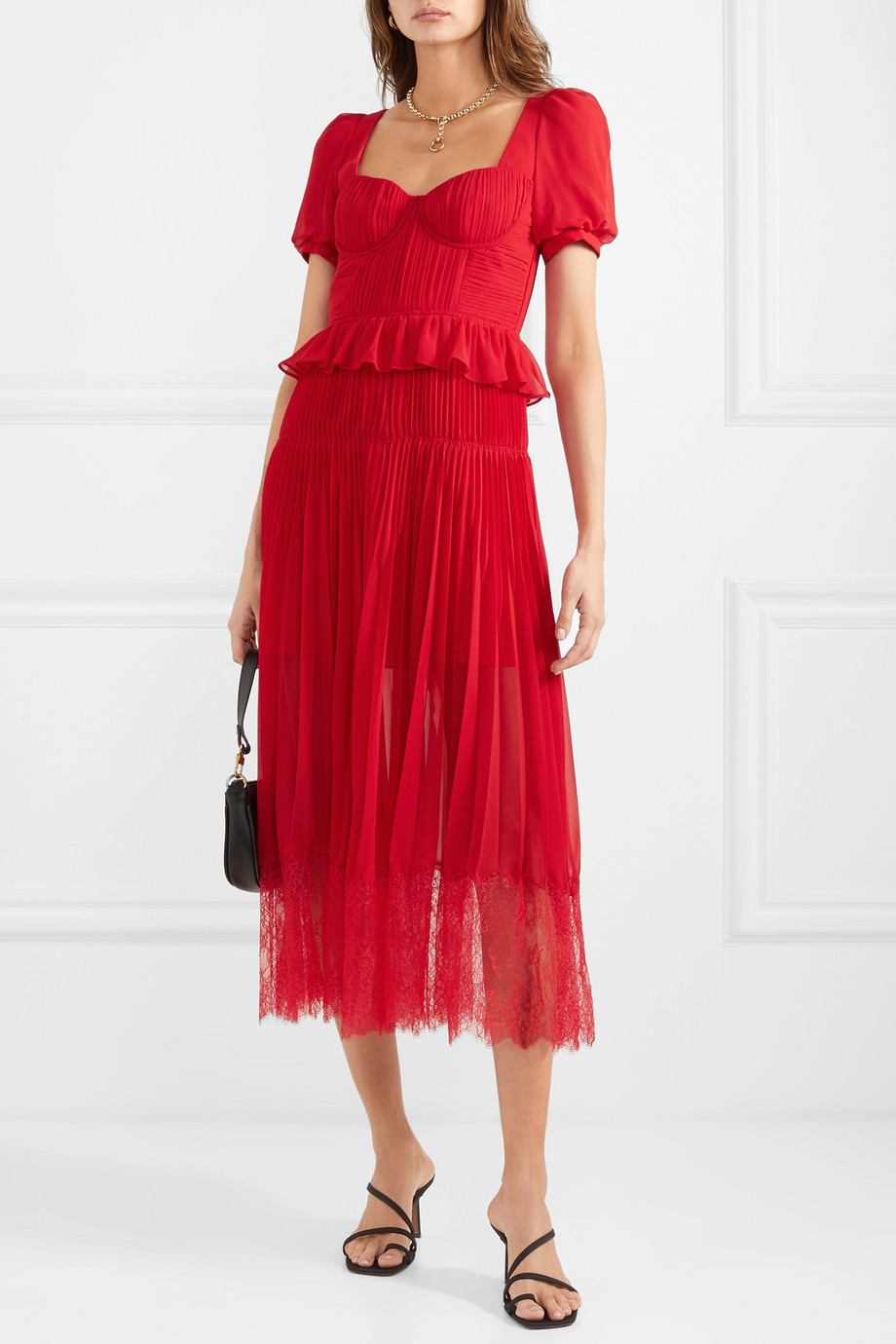 Your Go To Outfit Guide For Casual Weddings This Summer Refinery29 Chiffon Midi Dress Red Midi Dress Dresses [ 1380 x 920 Pixel ]