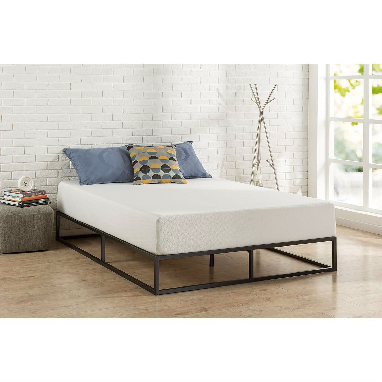 Twin Size 10 Inch Low Profile Modern Metal Platform Bed Frame With Wooden Slats Full Bed Frame Metal Platform Bed Platform Bed Frame