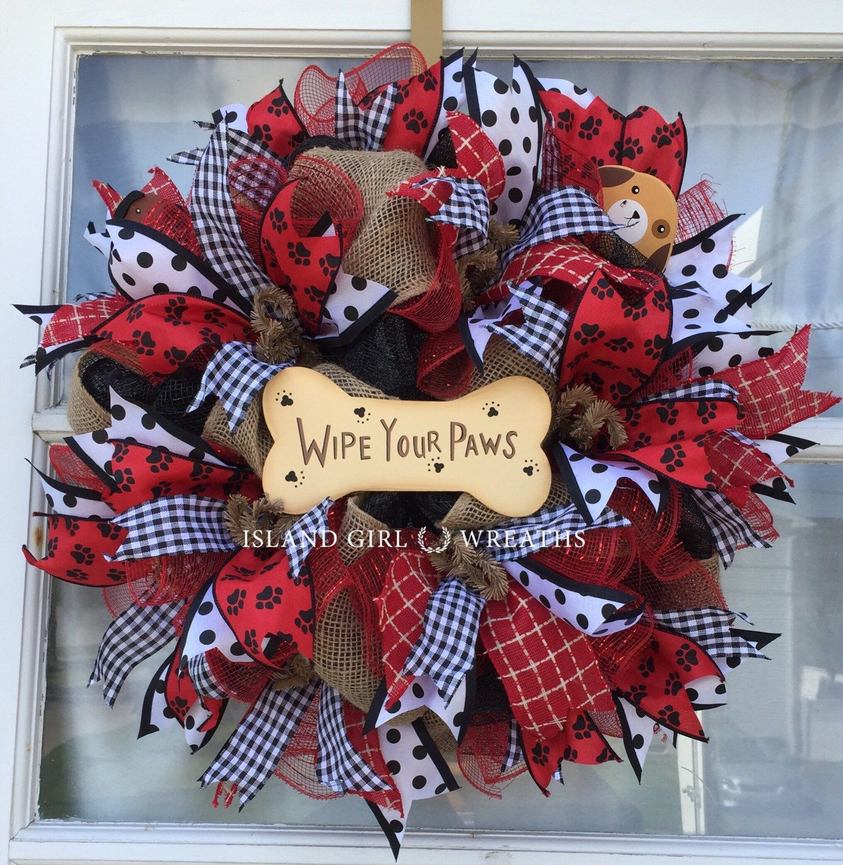 Deco Mesh Wreath Paw Prints