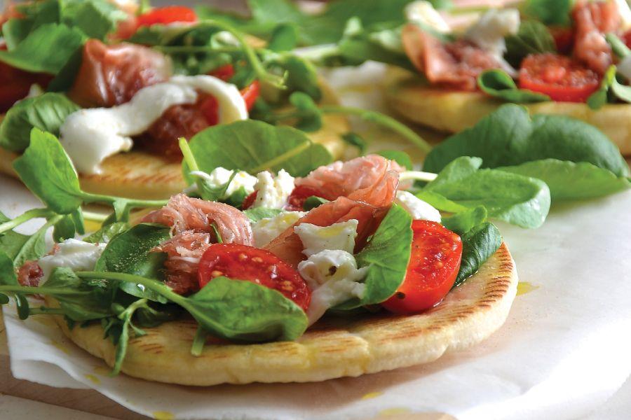 Uma refeição de inspiração italiana, muito fácil de preparar em casa, proposta por Margarida Magalhães, autora de um site que lhe apresenta deliciosas e originais receitas