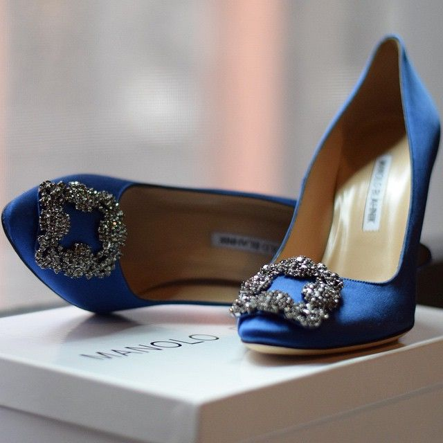 96a37247010 ... Manolo Blahnik Hangisi Royal Blue yasmin dxb instagram MANOLO BLAHNIK  PUMPS ...