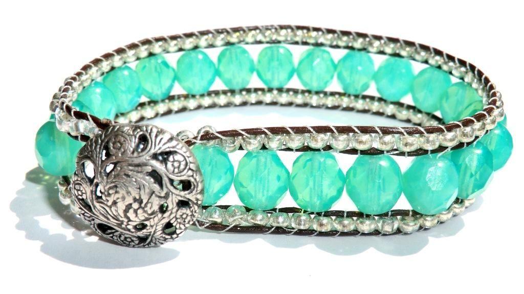 I want this bracelet :)