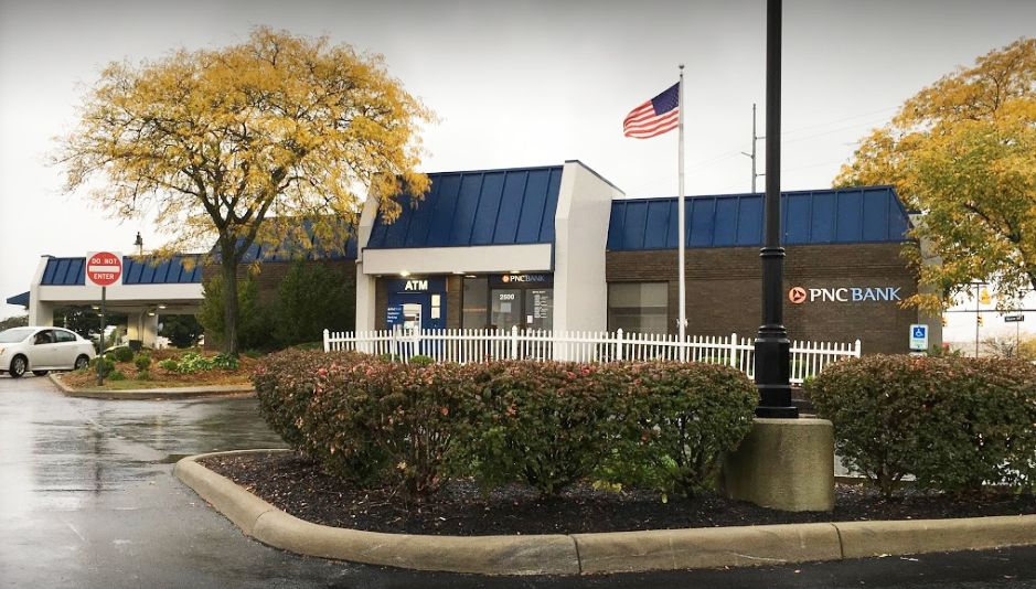 PNC Bank, Grove City Branch is one of the bank's 2575