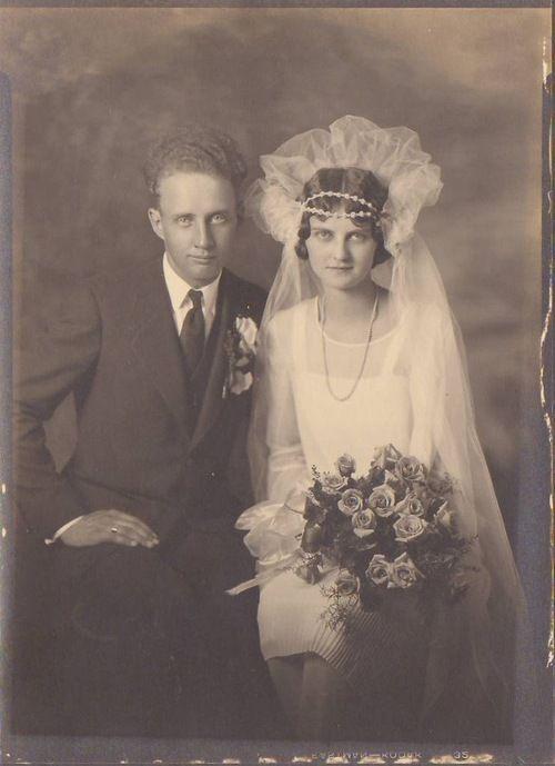 Late 1920s- early 1930\'s newlyweds | Vintage Weddings | Pinterest