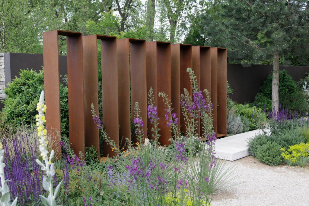 Sichtschutz Stahl Demutigend Auf Kreative Deko Ideen Auch Garten Cortenstahl Aus 10 Gartengestaltung Gartenstruktur Landschaftsdesign
