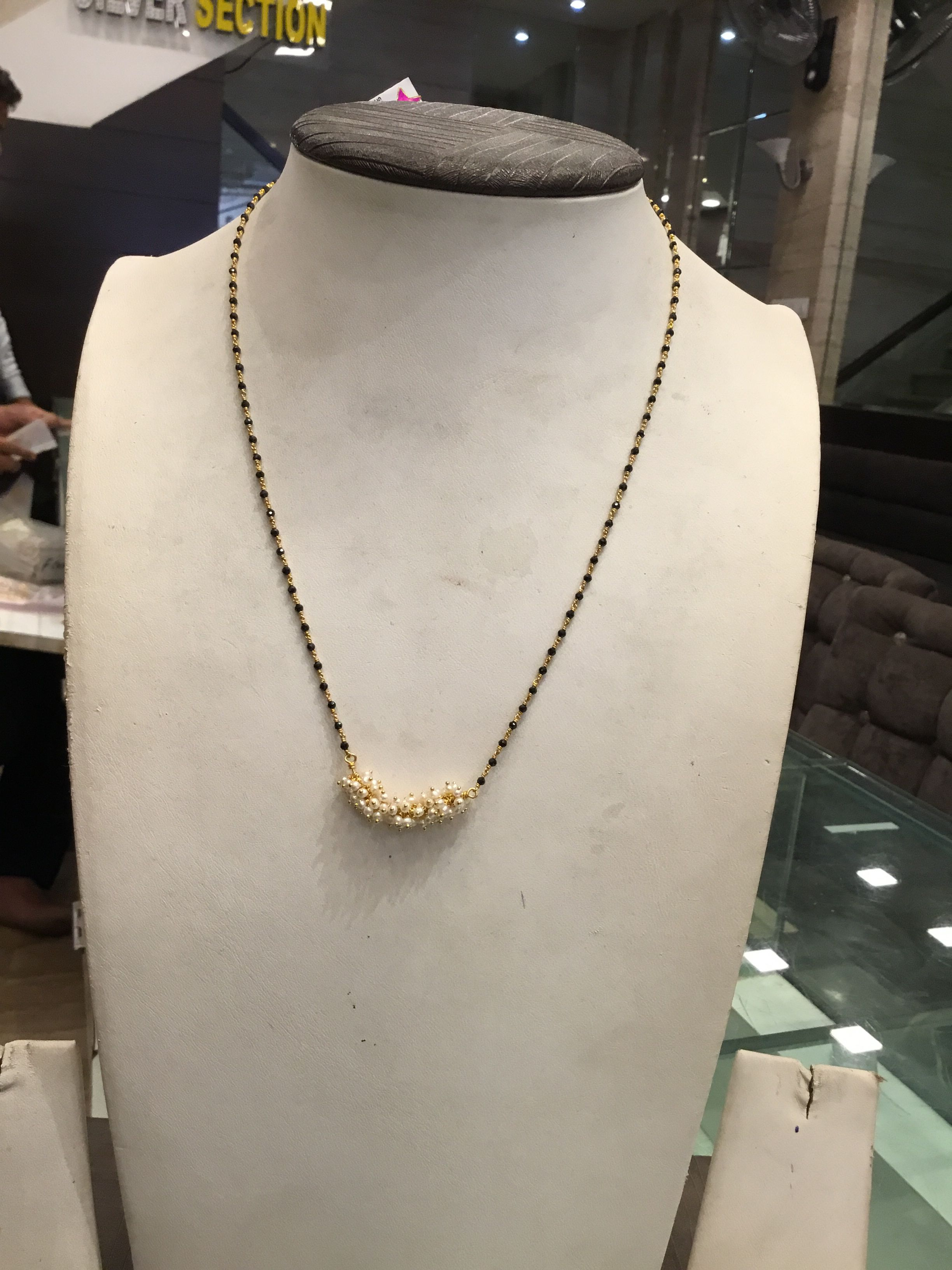Pin by Farzana Mustafa on Dream jewelry  in 2019 | Gold mangalsutra