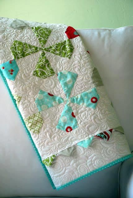 Tiffany shared her FINISHED Baby Pinwheels quilted on her HQ18 ... : hq18 avante quilting machine - Adamdwight.com
