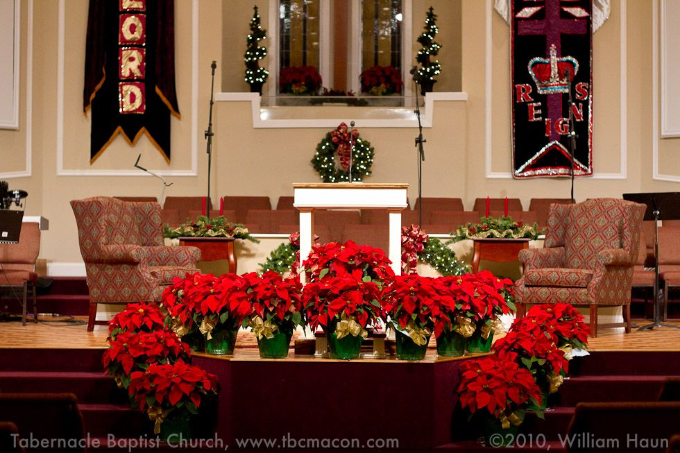 Church christmas decorations tabernacle baptist church for Find christmas decorations