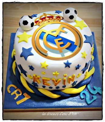 gâteau maillot ogc nice football cake design et pâte à sucre foot
