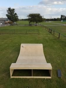 Mini Halfpipe for sale   The Ramp Supply Co. in 2020 ...