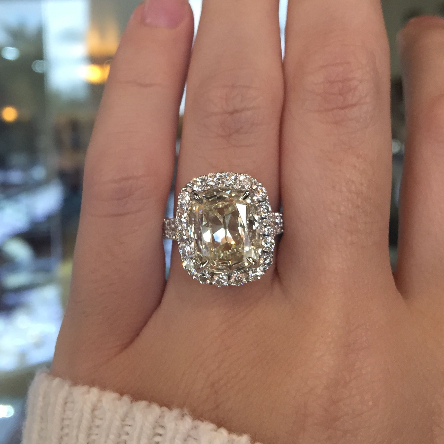 Henri Daussi Cmds 359ct Diamond Engagement Ring