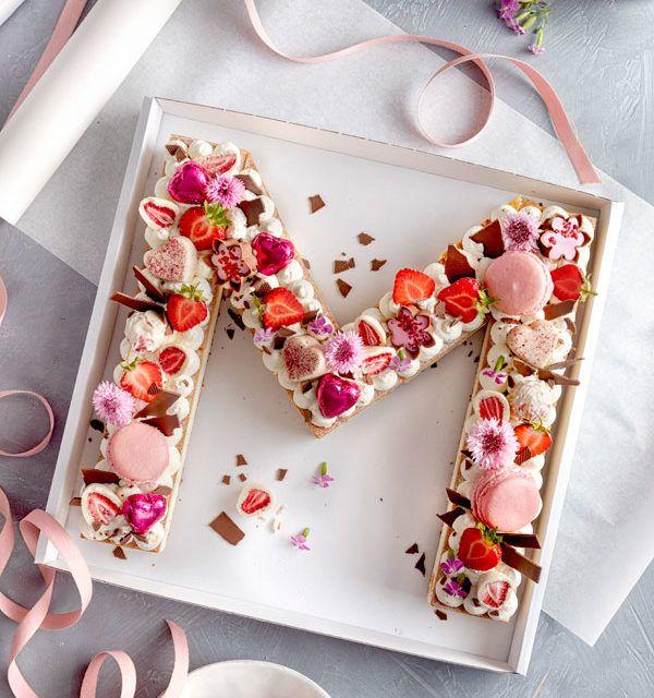 Letter Cake – einfach, hübsch und voll im Trend! #tomatocreamsauces