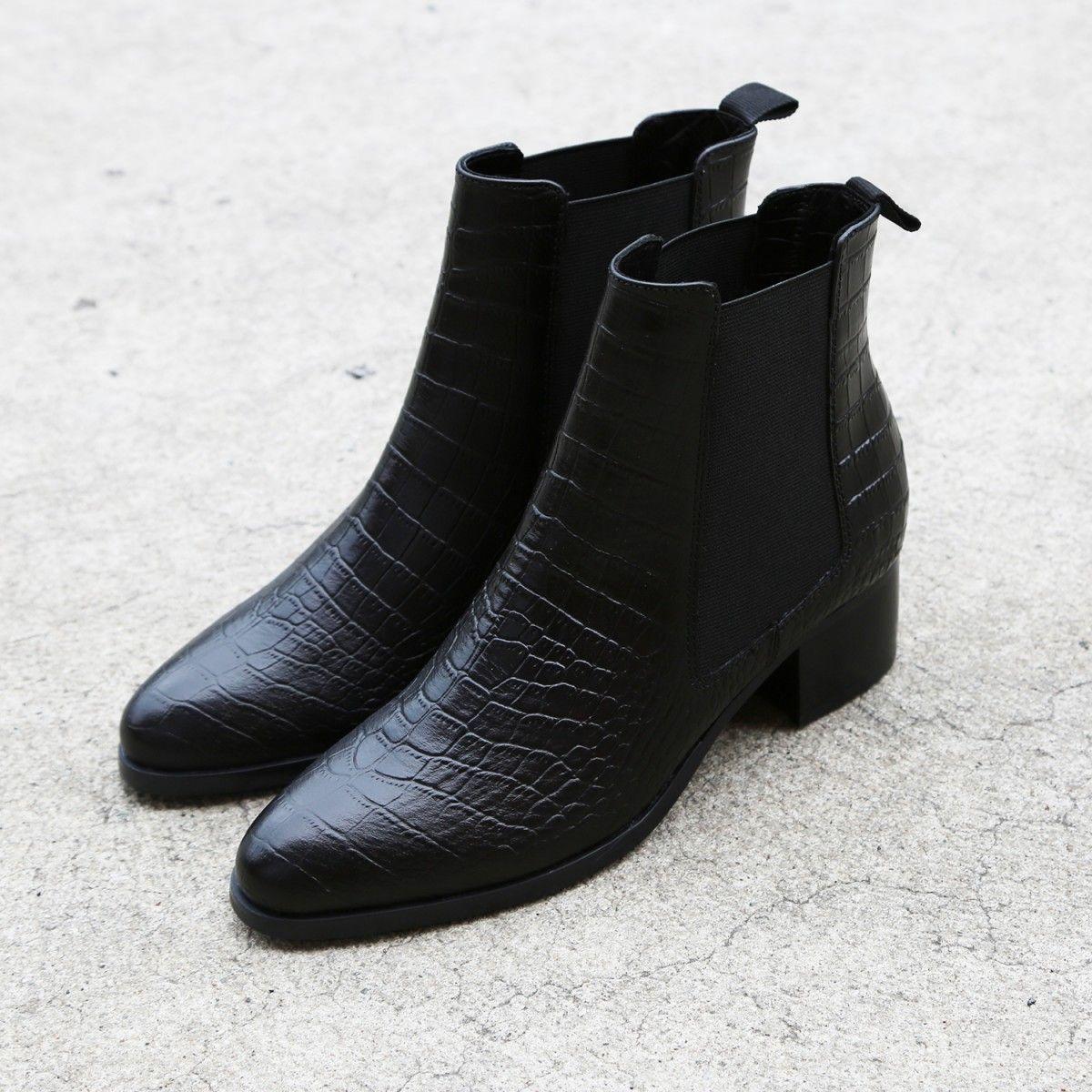 MASCOT Black Croc Leather Tony Bianco