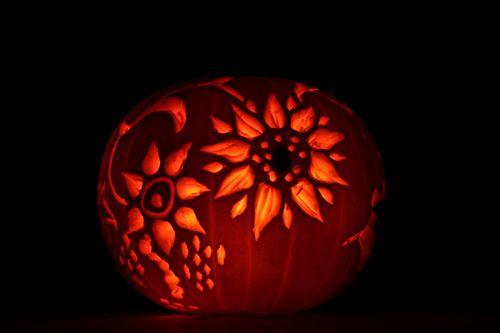 pumpkin template flower  Flower design on the pumpkin. Made by sandinyoureye. | Cute ...