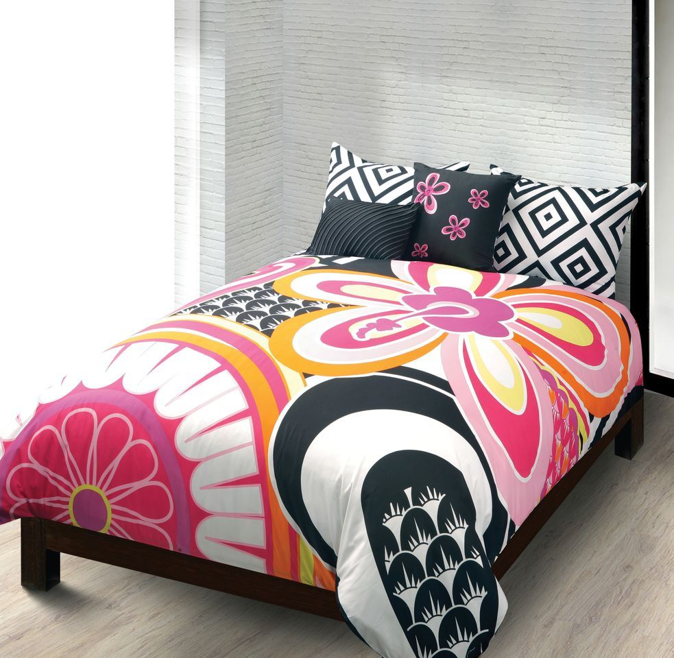 Teen Girl Comforter Set Part - 15: For the teen girl or young woman looking for a bit of modern sophistication  in her bedroom, consider this new look from the Macabeth Collection.