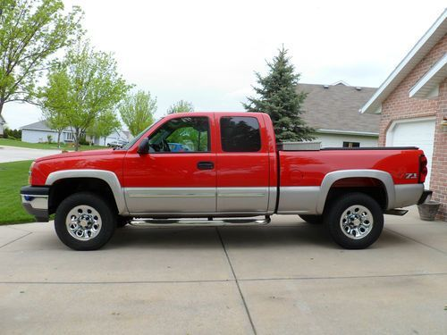 two tone 2005 chevy silverado google search matilda chevy silverado 2005 chevy. Black Bedroom Furniture Sets. Home Design Ideas