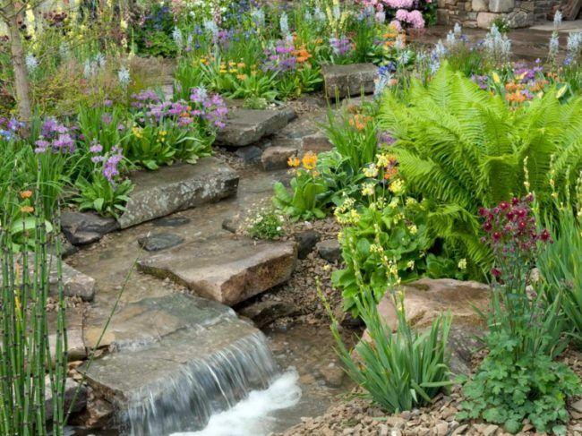 Bachlauf-Garten-ohne-Hanglage-Gartenteich Garten Pinterest Gardens