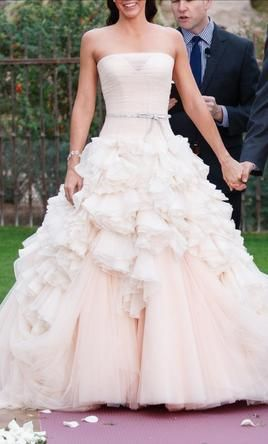 d8a275512bd06 Used Mark Zunino Wedding Dress $4,500 USD. Buy it PreOwned now and save 55%  off the salon price!