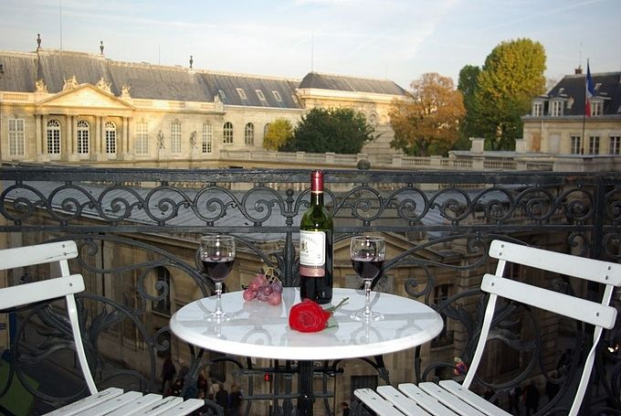 Similar To An Apartment Hotel, Perfect For Paris Rent, Paris Apartment  Rentals Or Paris