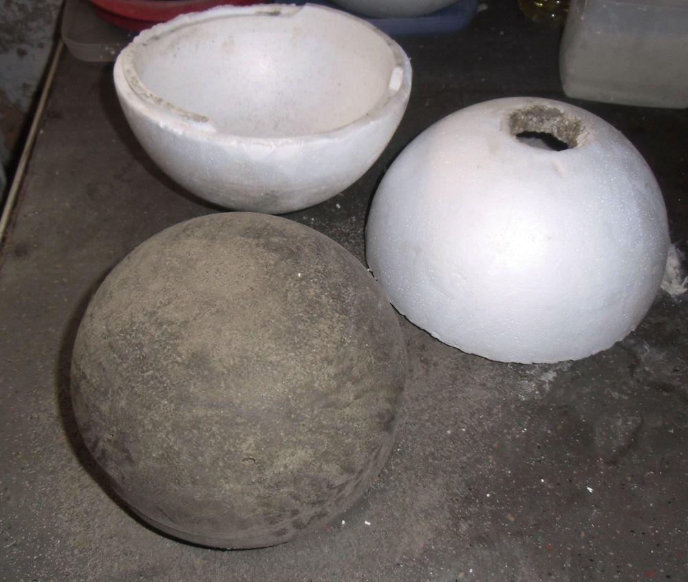 voll-betonkugel - 21 cm durchmesser - abgeformt aus einer